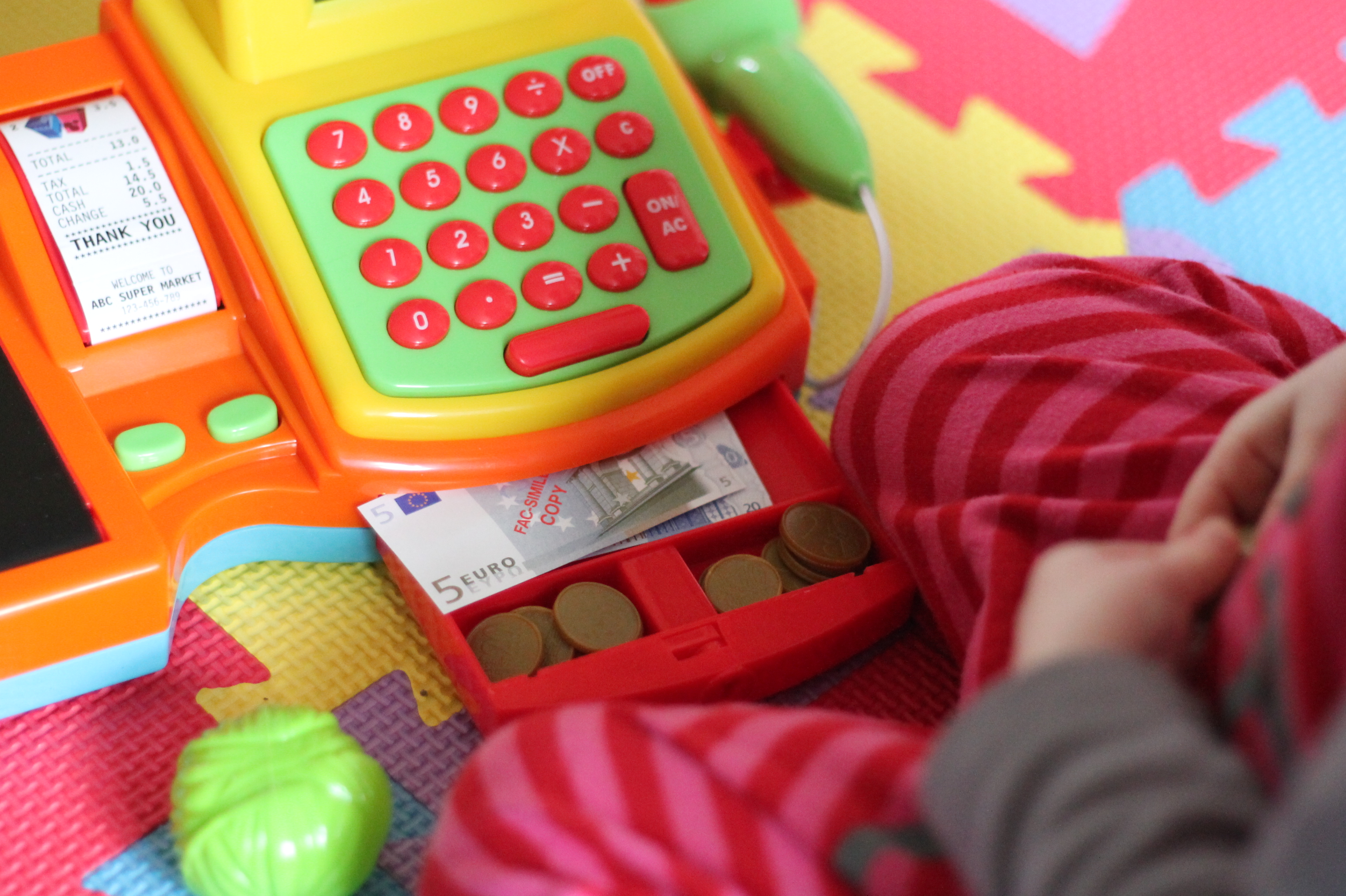 Little tikes cash register - The Little Tikes Cash Register Is Lp S New Favourite Toy And She Is Now Enjoying Playing Shops Rather Than Kitchens I M Glad That Once Again I Have Given
