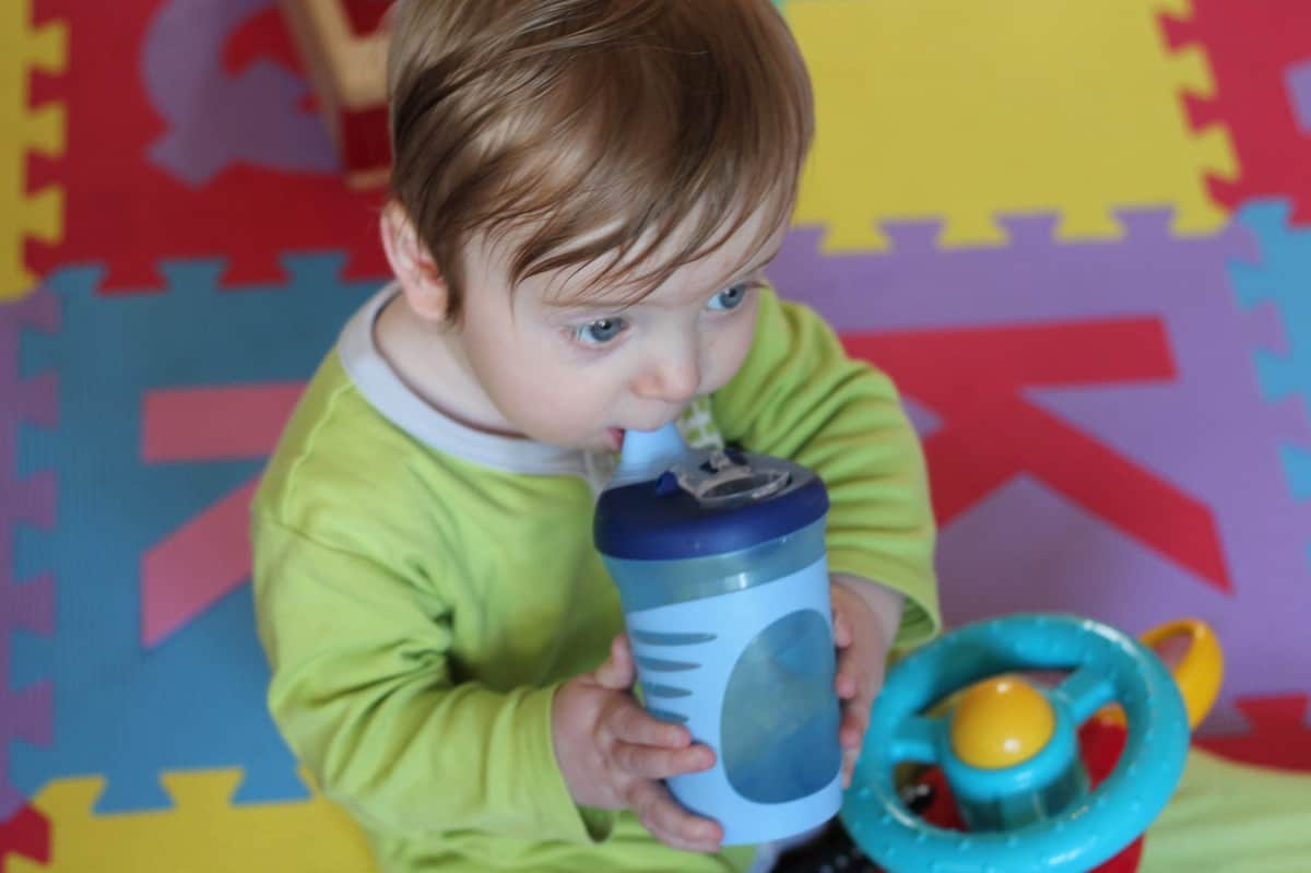 Review: Tommee Tippee Drinks Cups & Magic Mat