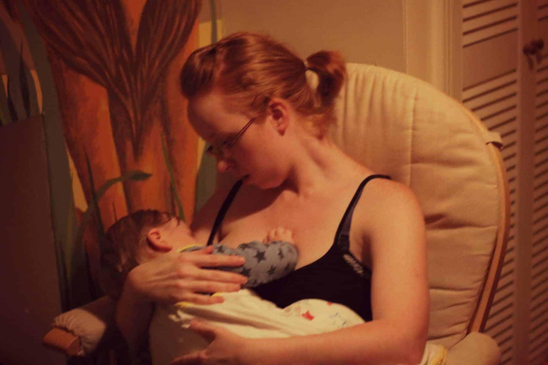 Breastfeeding {The Ordinary Moments}