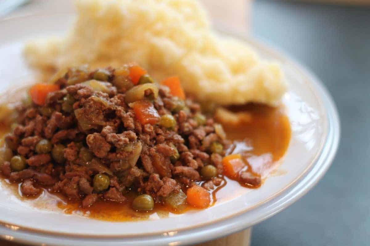 Slow Cooker 'Lazy' Cottage Pie Recipe