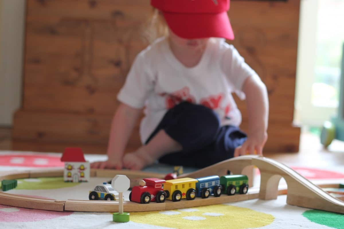 Review: Bigjigs Rail Figure Eight Train Set