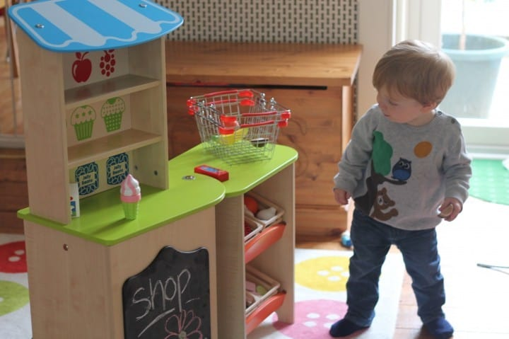 Review: Kids Play Kit Packaway Shop