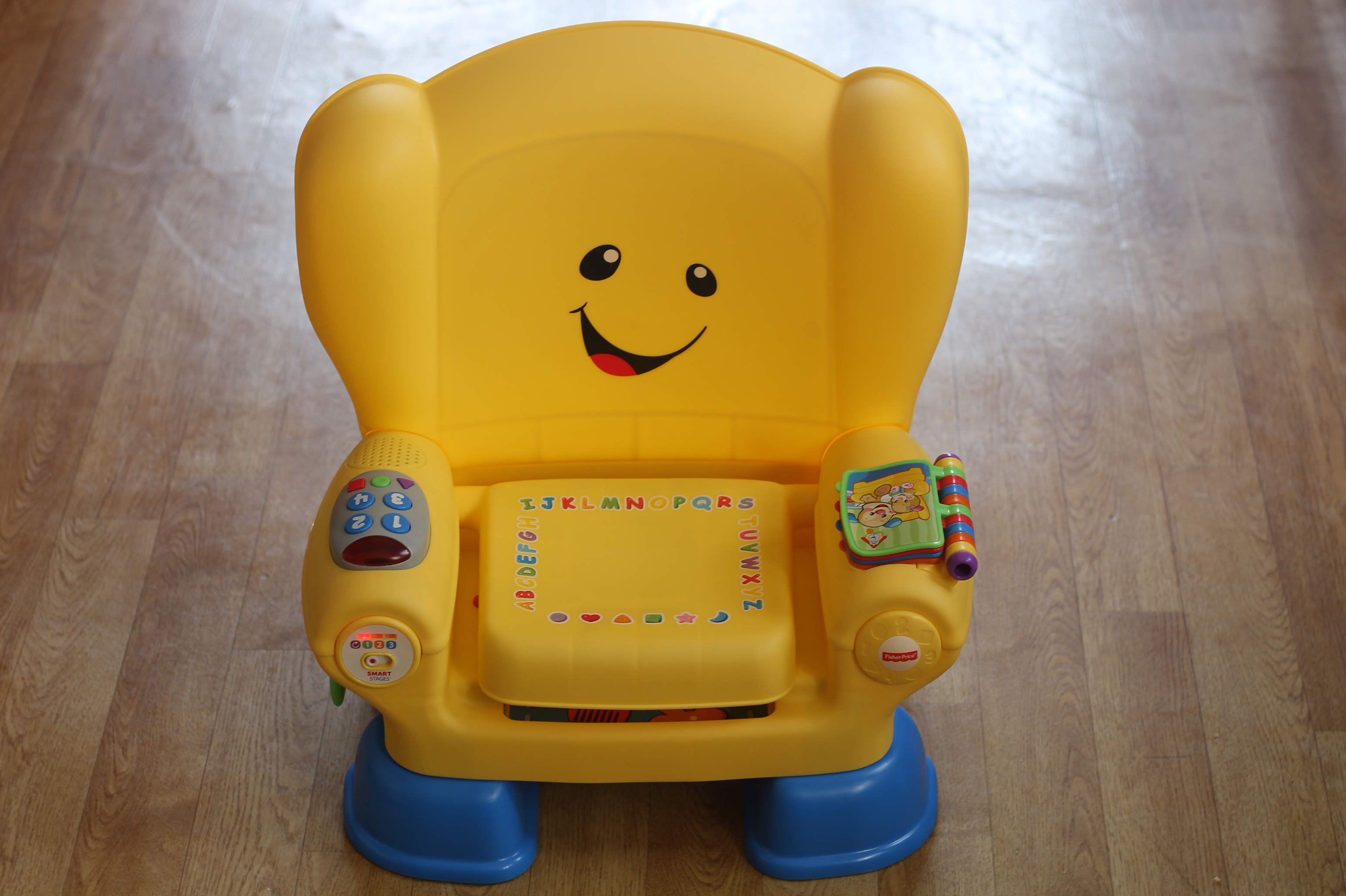 Review Fisher Price Laugh Learn Smart Stages Chair What The Phone