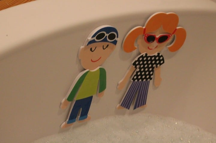 Review: Meadow Kids Dressing Up Bath Stickers