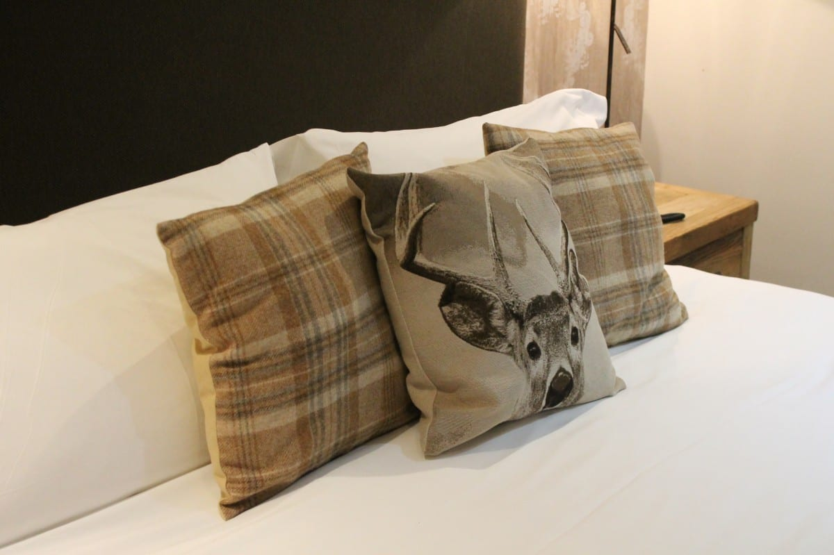 A Cosy Review: Weekend at the Maytime Inn - Asthall, Oxfordshire