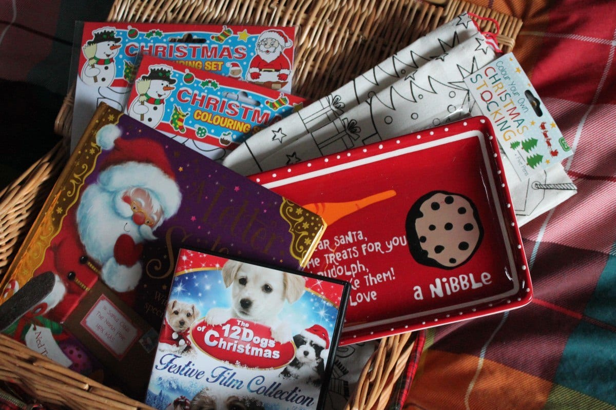 Christmas Eve Box {2015}