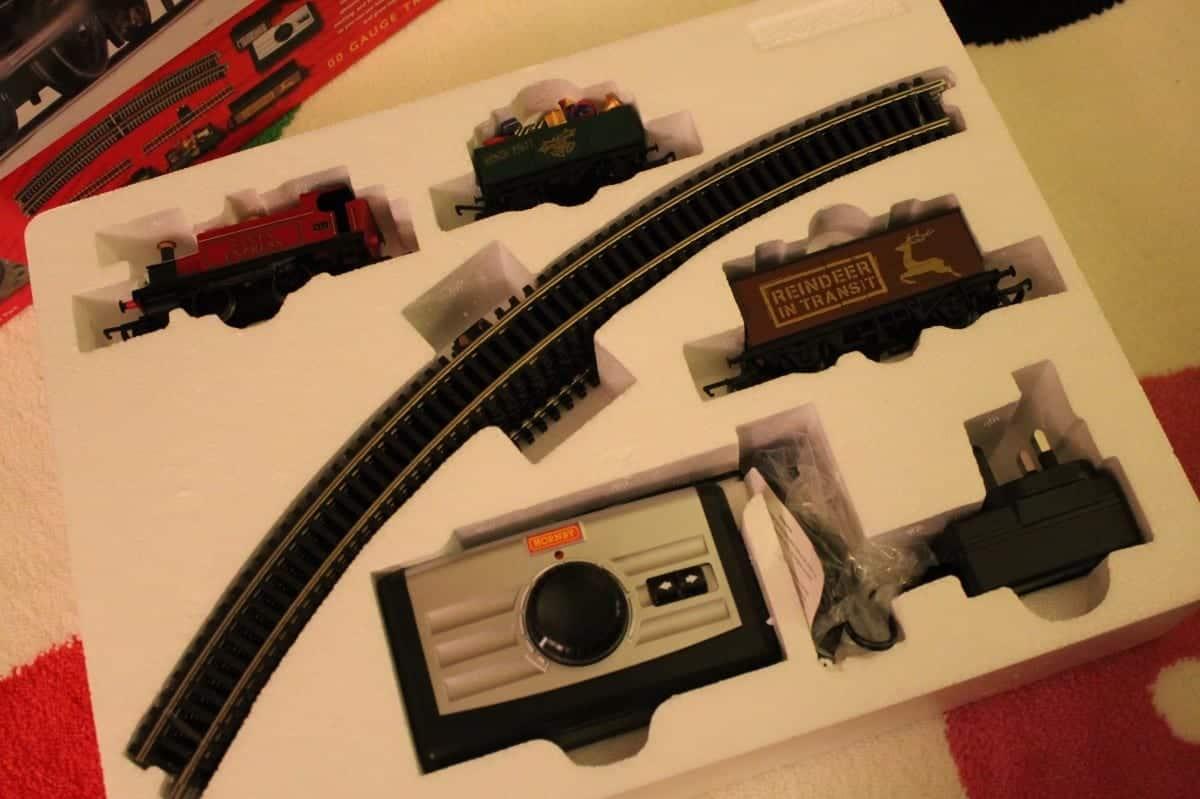 Review: Hornby Santa's Express Train Set