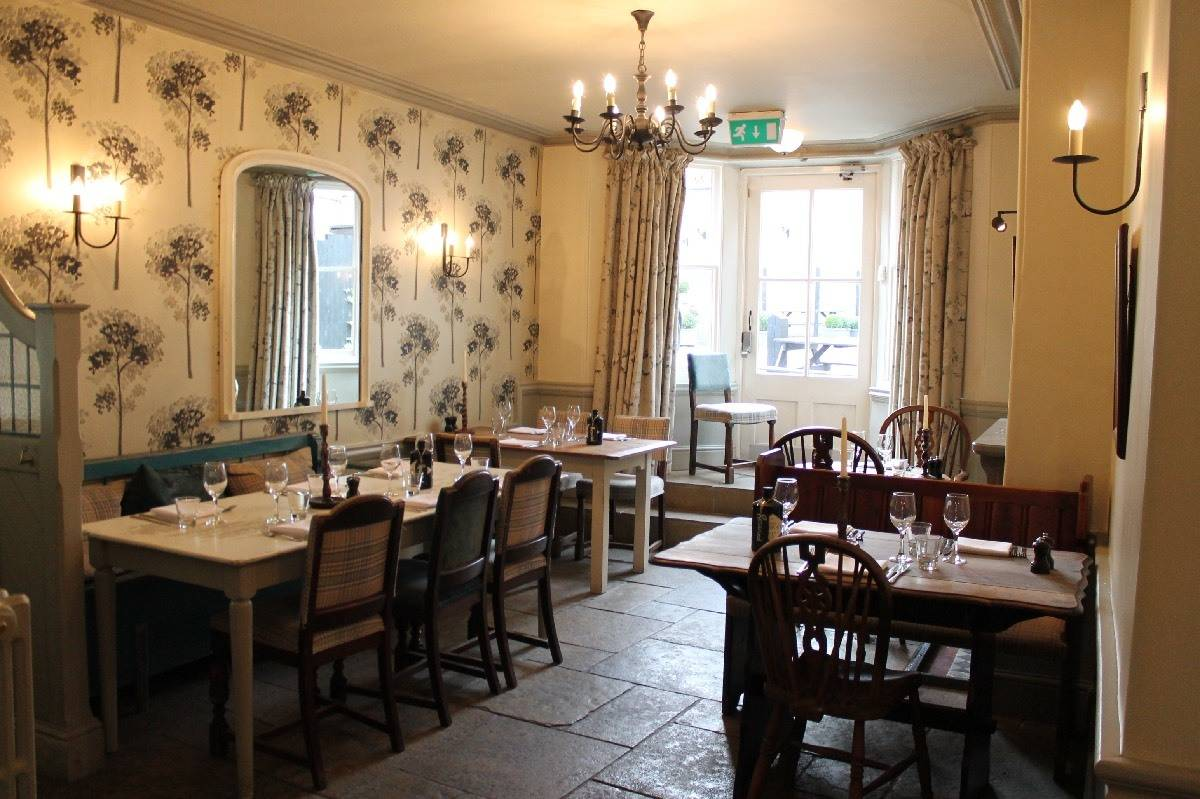 Review: A Night at The Falcon Hotel - Painswick