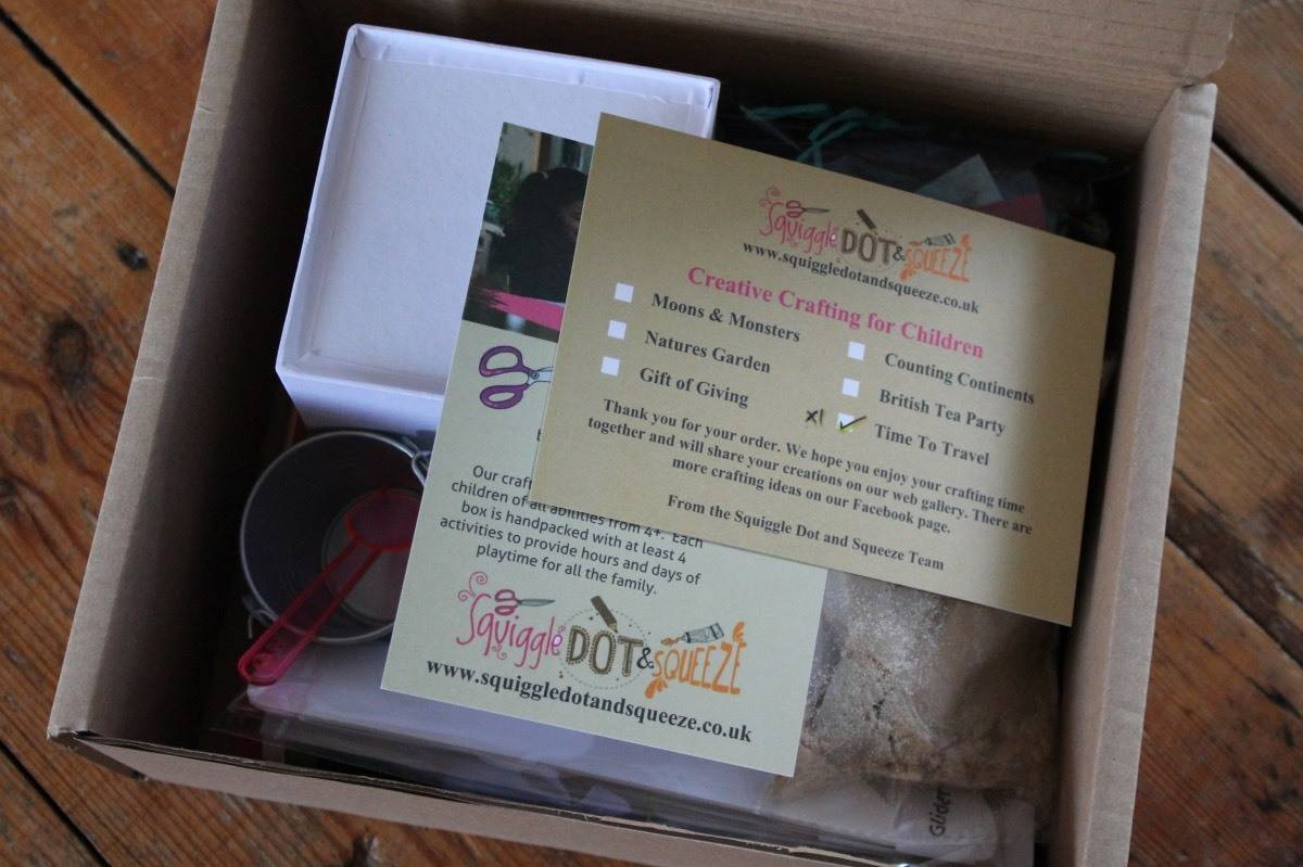 Review: Squiggle Dot & Squeeze Craft Box