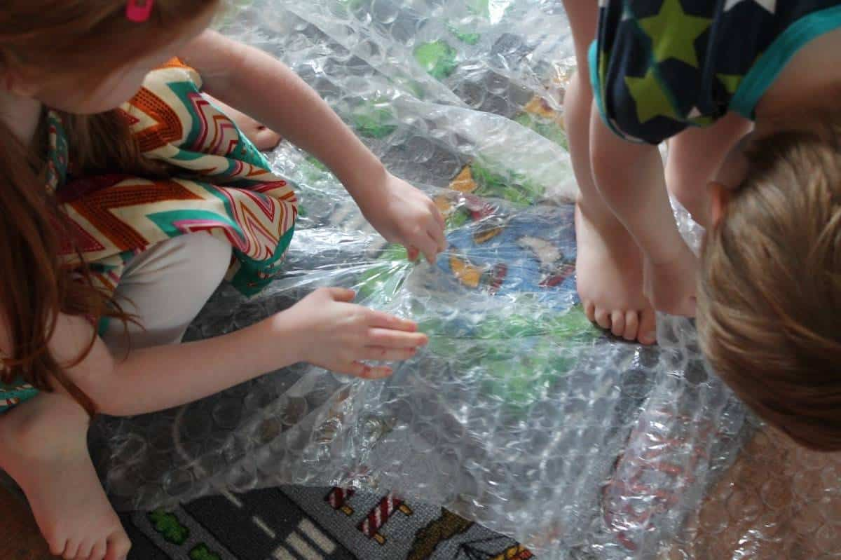 Bubble Wrap {The Ordinary Moments}