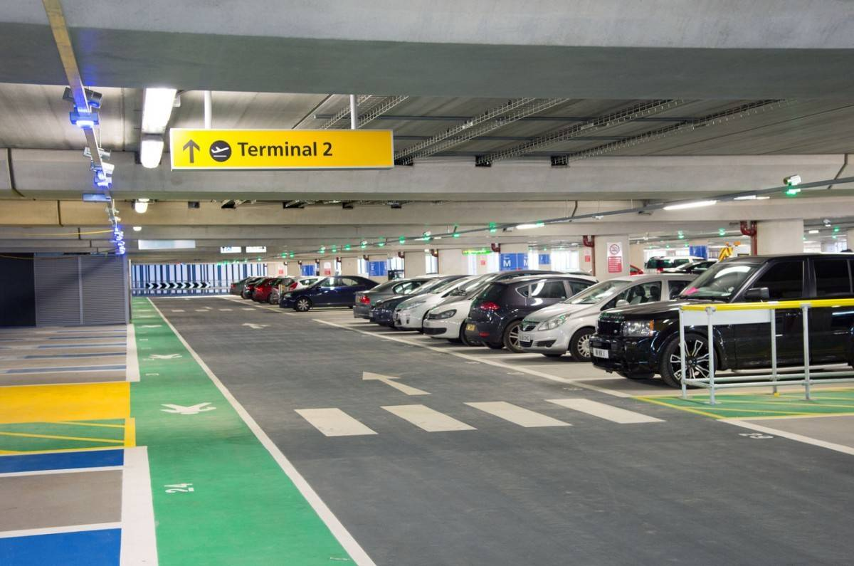 Airport Parking Options at London Heathrow