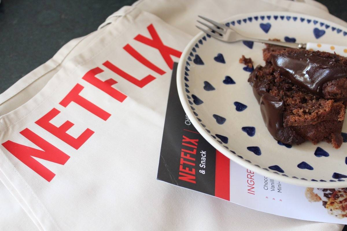 Chocolate Courgette Cake - Netflix & Snack!