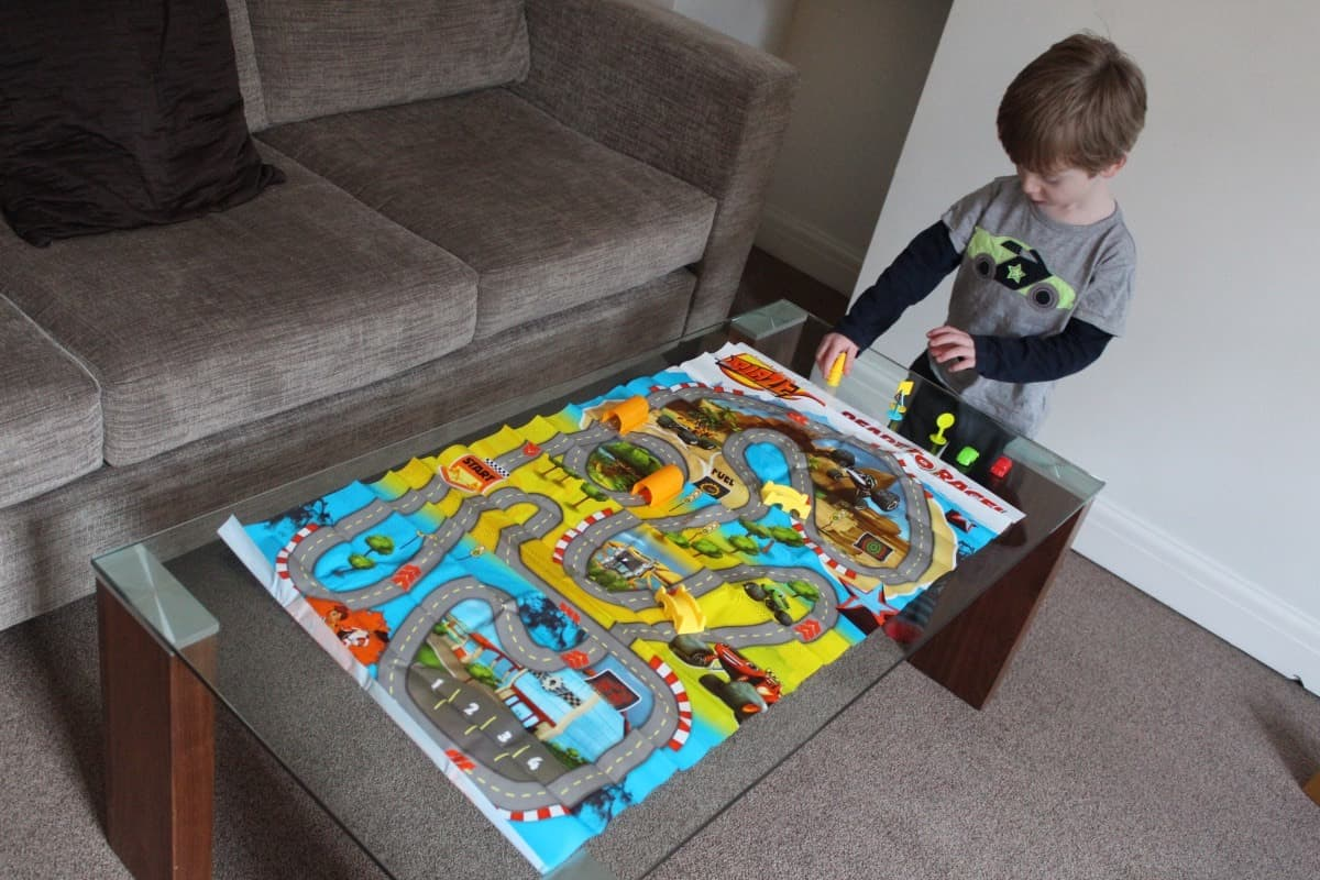 Review: Blaze and the Monster Machines Magazine