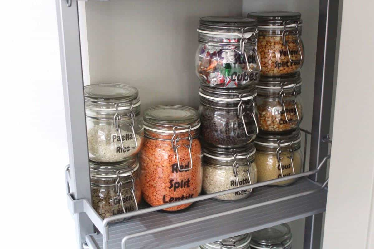 A Simple Way to Create a Beautiful Pantry