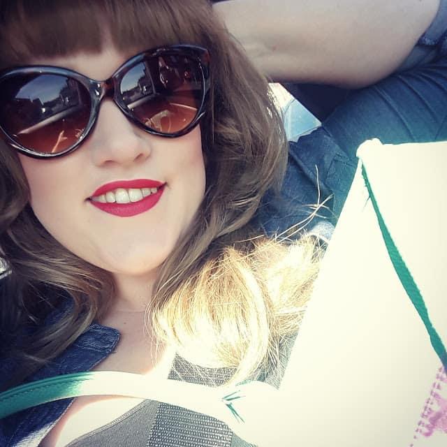 Blogger Behind the Blog {Wafflemama}