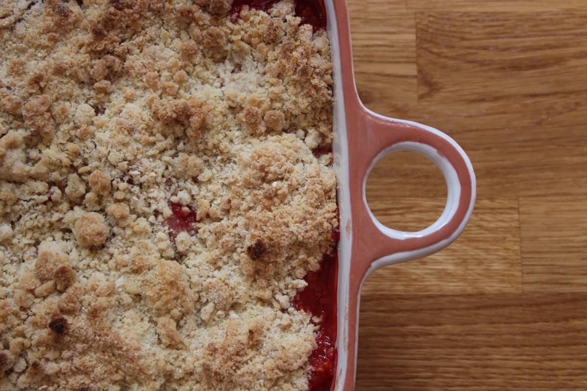Strawberry Vanilla Crumble Recipe