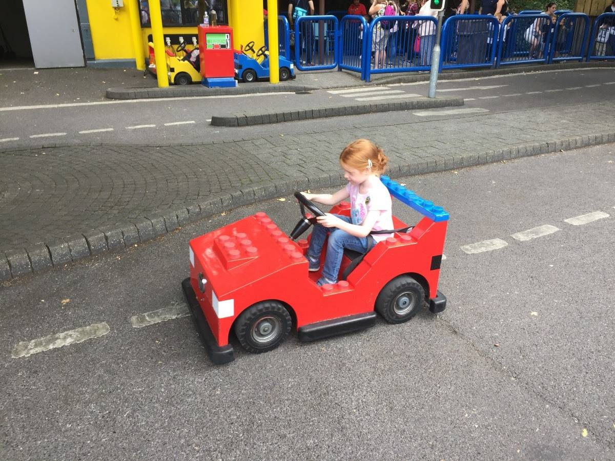 9 Ways to Survive a School Holiday Trip to Legoland