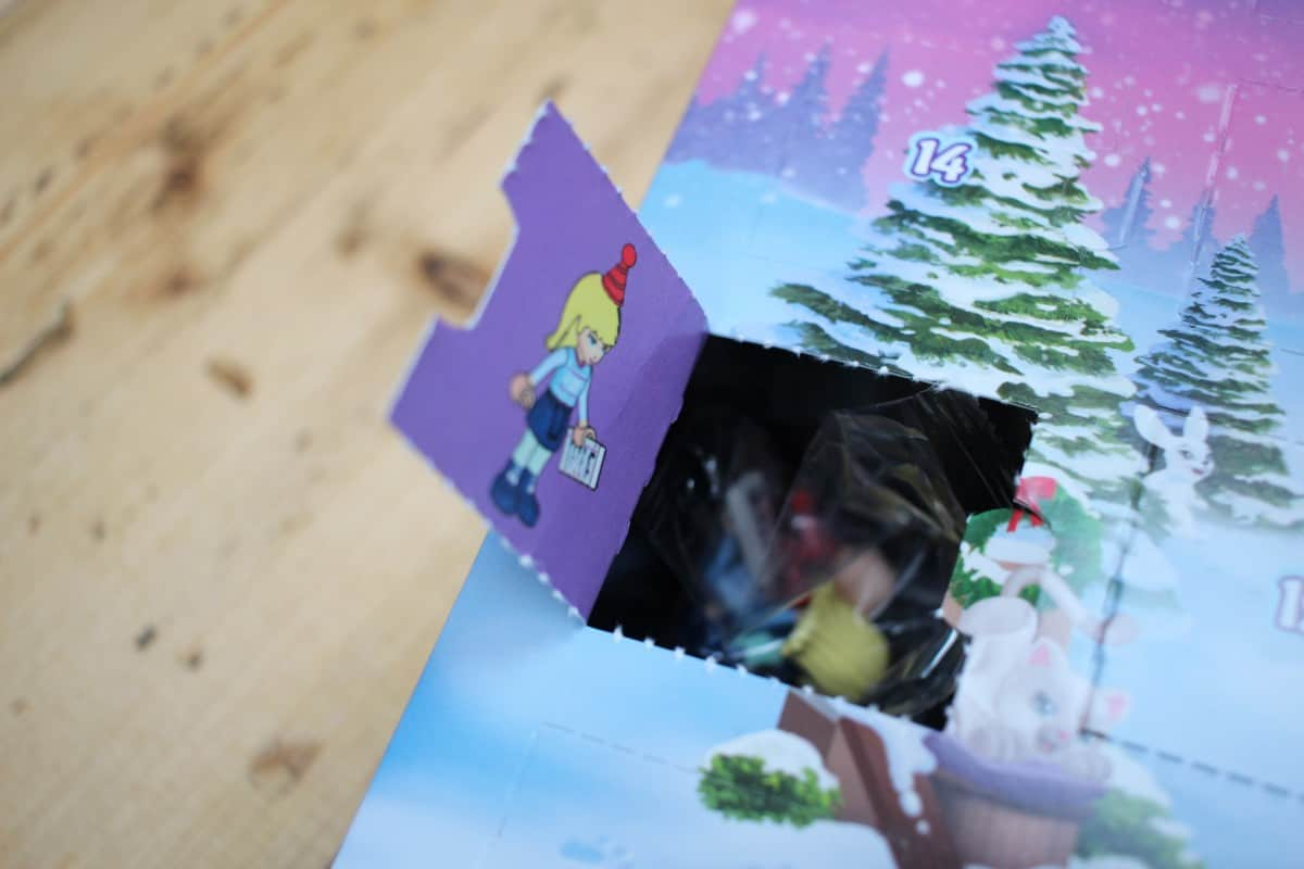 Review: Lego Friends Advent Calendar 41326