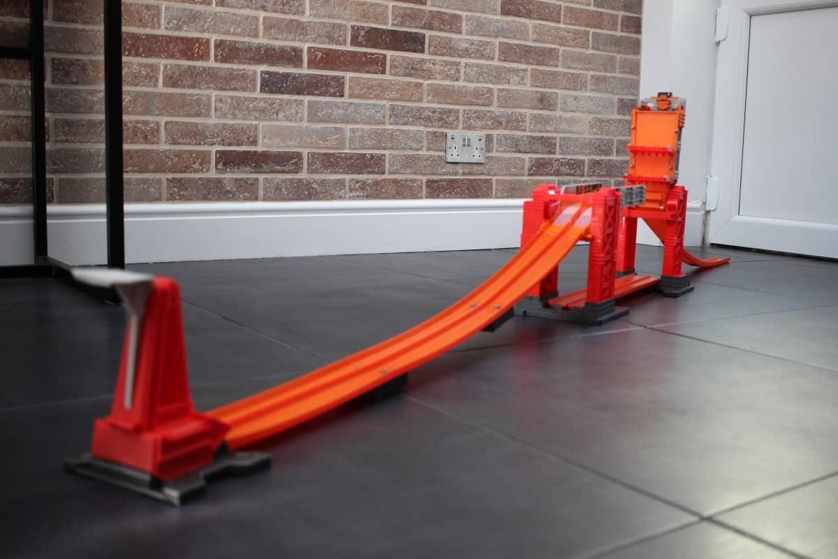 Review: Hot Wheels Track Builder Stunt Bridge Kit