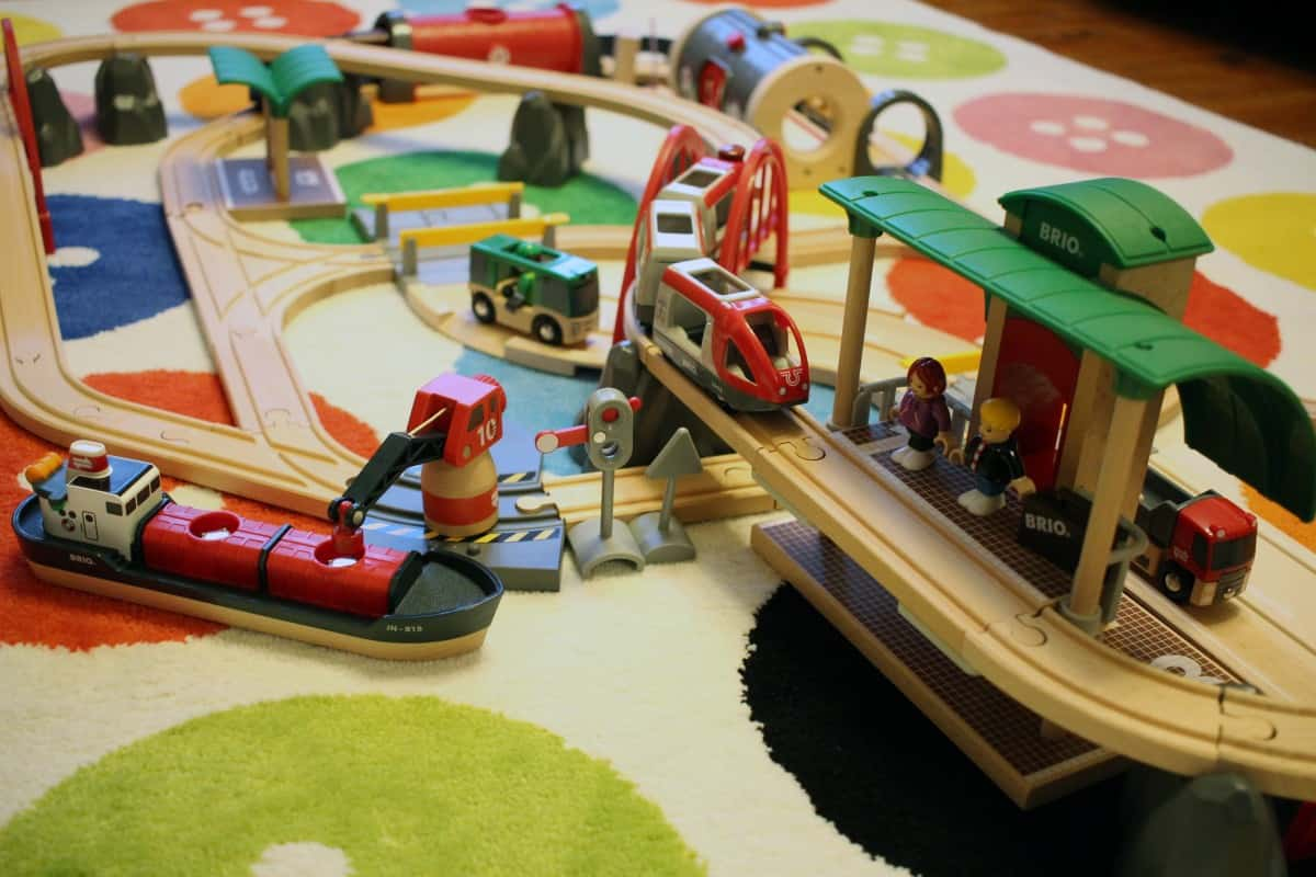 Review: BRIO World - Deluxe Railway Set