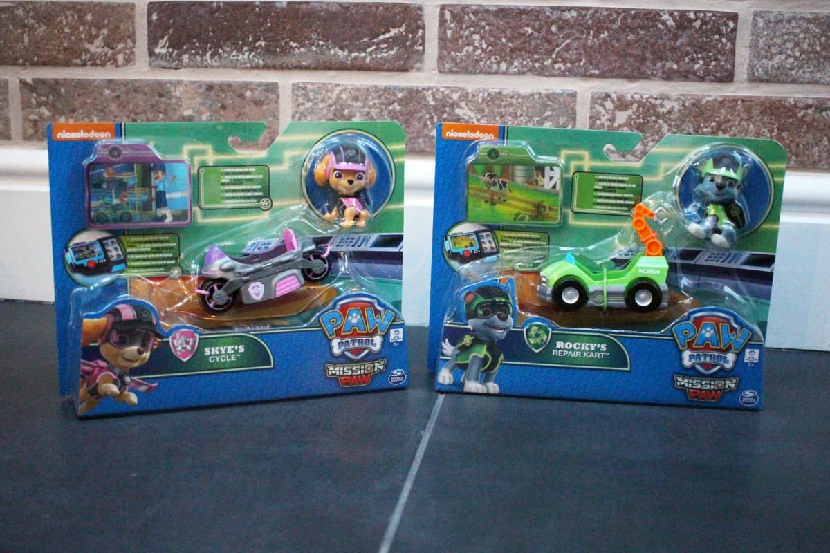 Review: Paw Patrol Mission Cruiser and Mission Mini Vehicles