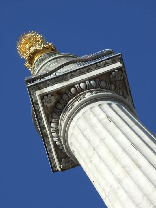 Visiting Monument, London