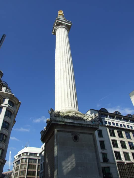 Visiting Monument, London