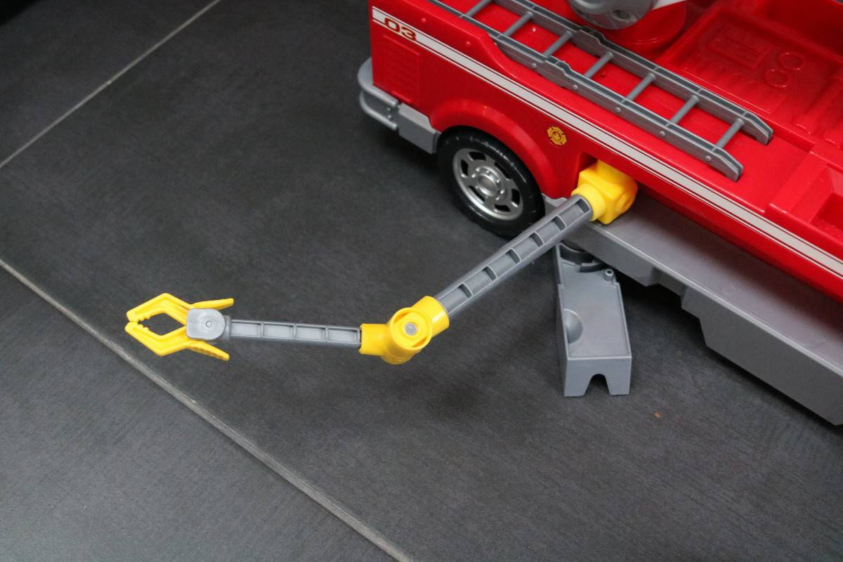 Review: Paw Patrol Ultimate Fire Truck Playset