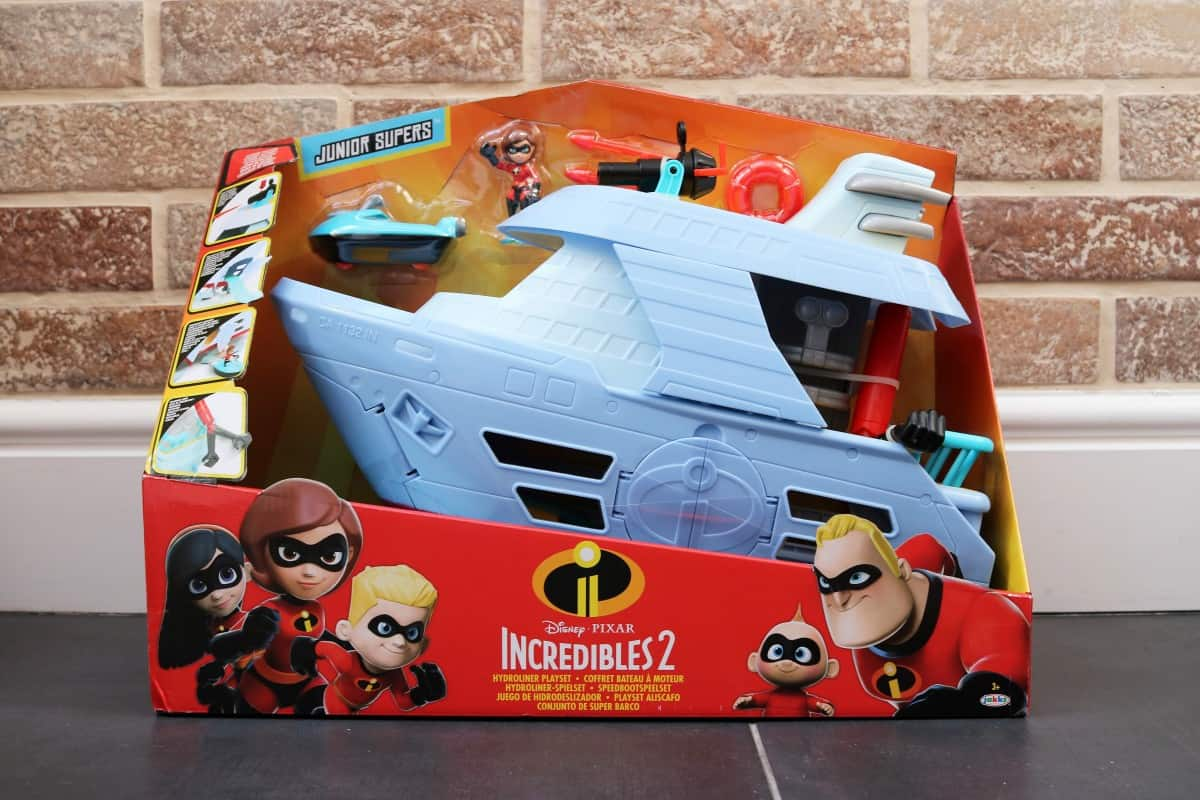 The Incredibles 2 Toy Range Review - Jack-Jack Attacks