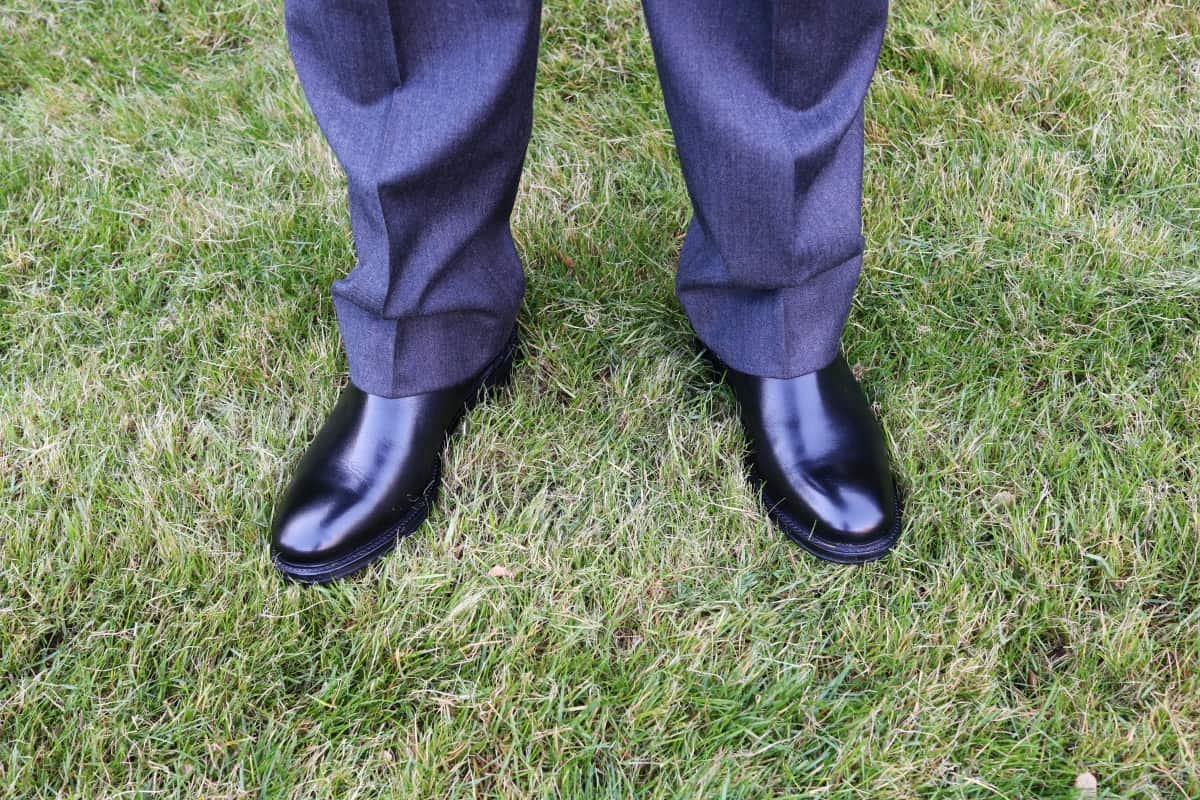 Finishing off a Suit with Jones Bootmaker