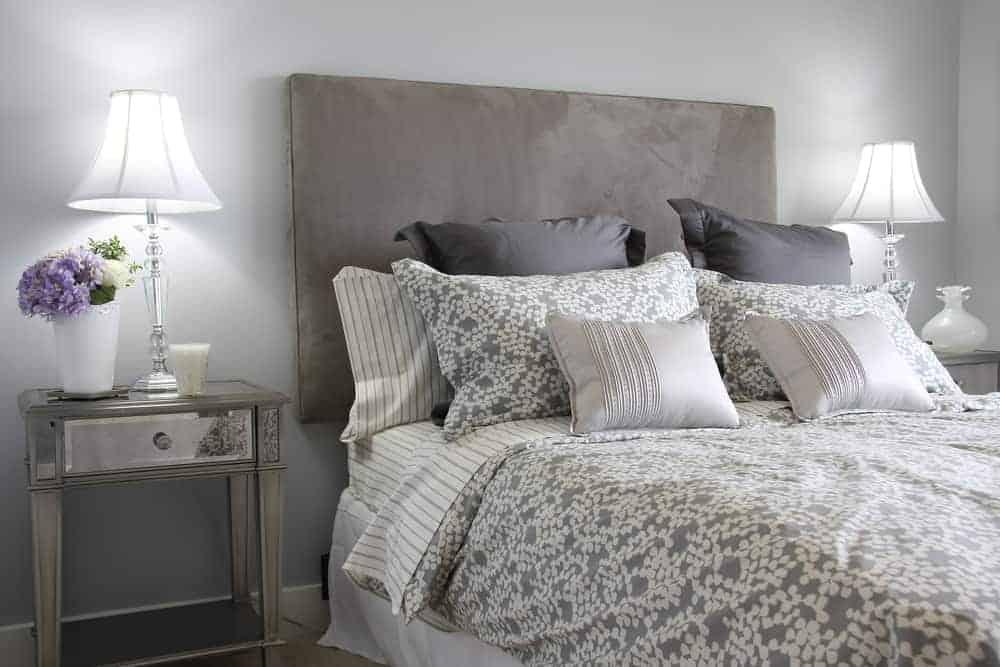 Bedroom Quiz: Guide to Essentials Needed/Not Needed in an Adult Bedroom