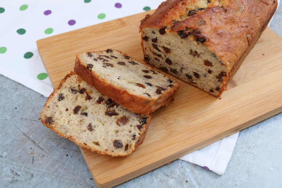 Banana Cake Recipe - Our Family Favourite