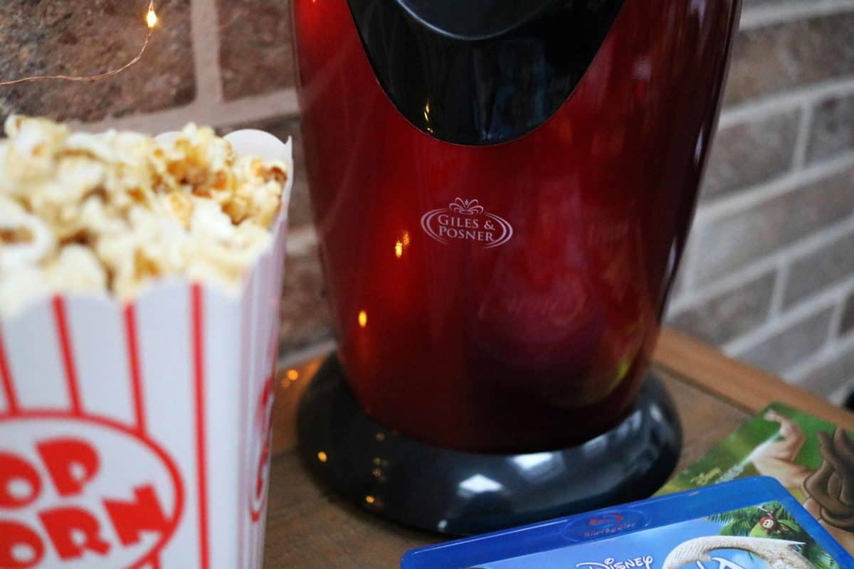 Entertaining the Children Inside or Out this Summer - Giles and Posner Popcorn Maker Studio.co.uk