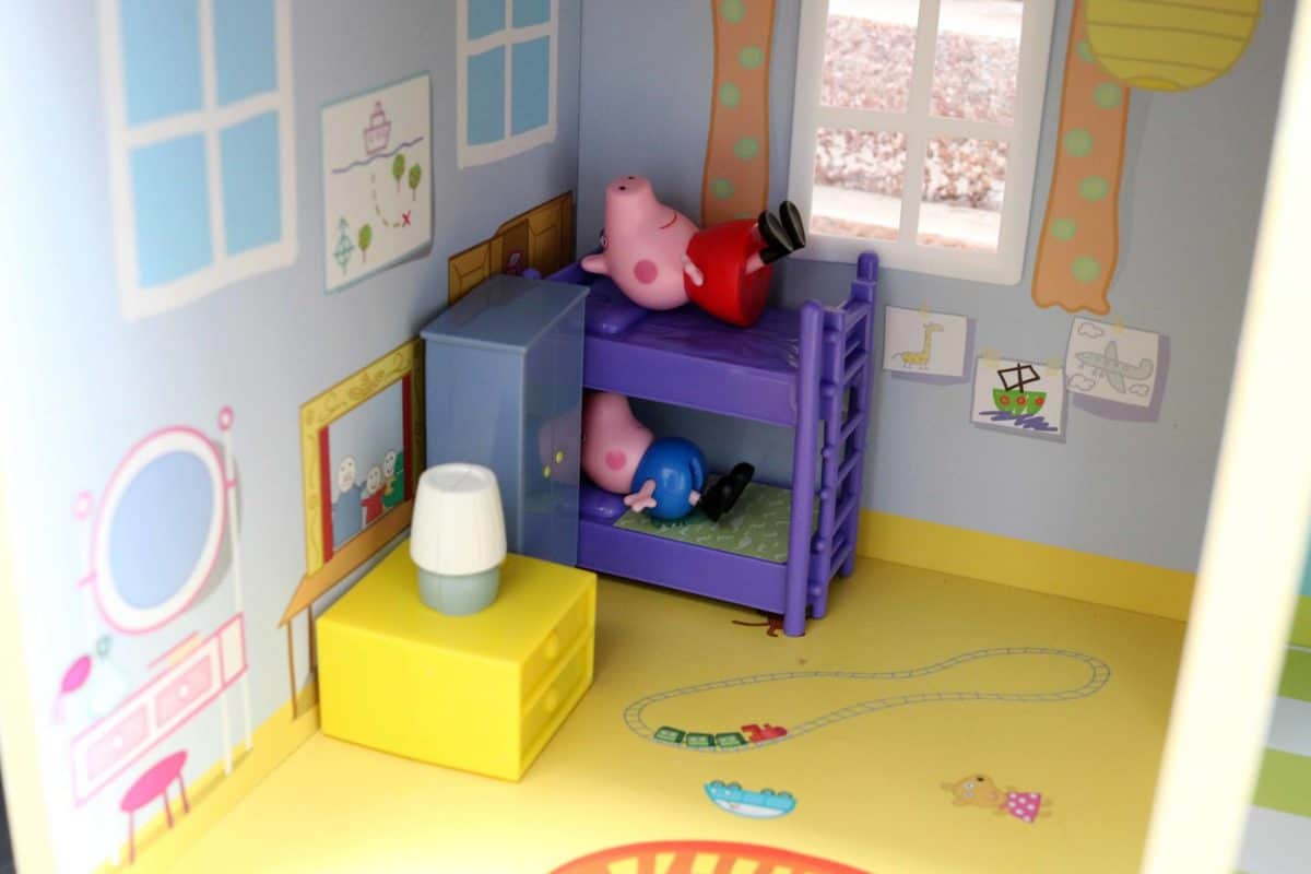 Peppa Pig - Peppa's Wooden Playhouse Review