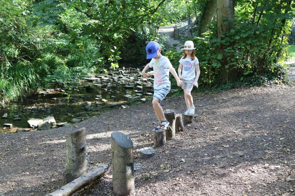 Visiting Corfe Castle, Dorset - National Trust woodland trail