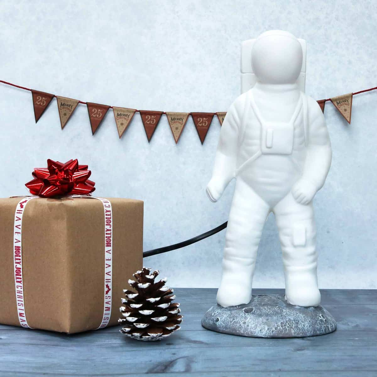 Red Candy Spaceman Lamp