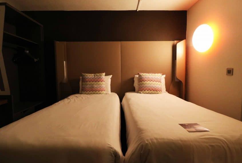 Campanile Birmingham twin bedroom