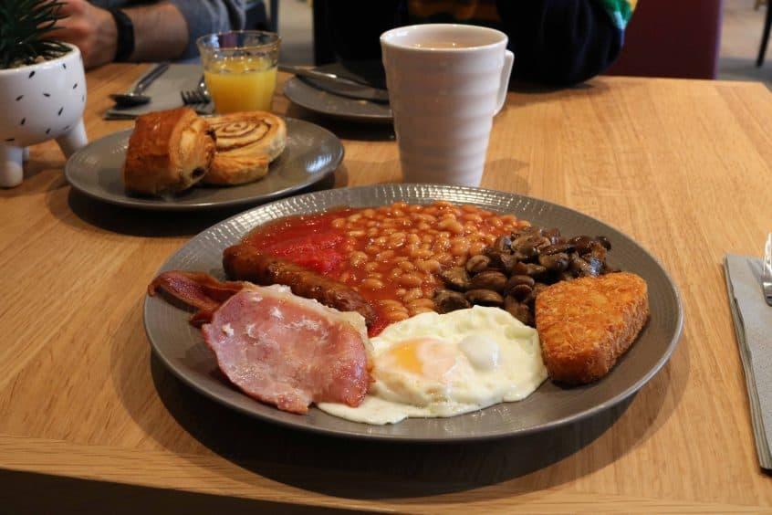 Campanile Birmingham breakfast