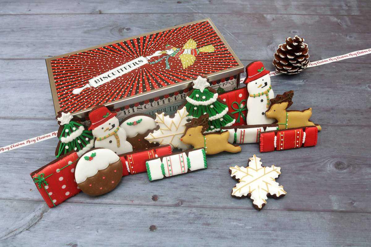 Biscuiteers Happy Christmas Luxe Biscuit Tin