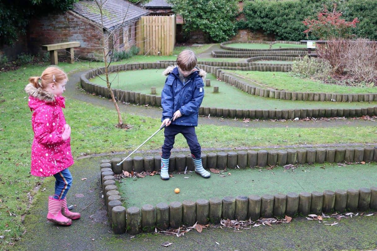 Landal Sandybrook Mini Golf