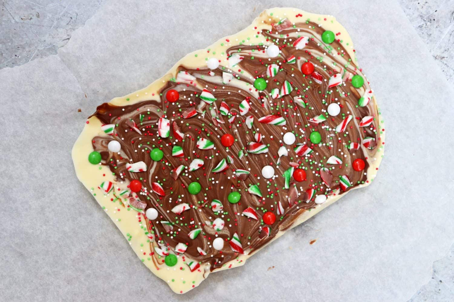 Peppermint Chocolate Candy Cane Bark