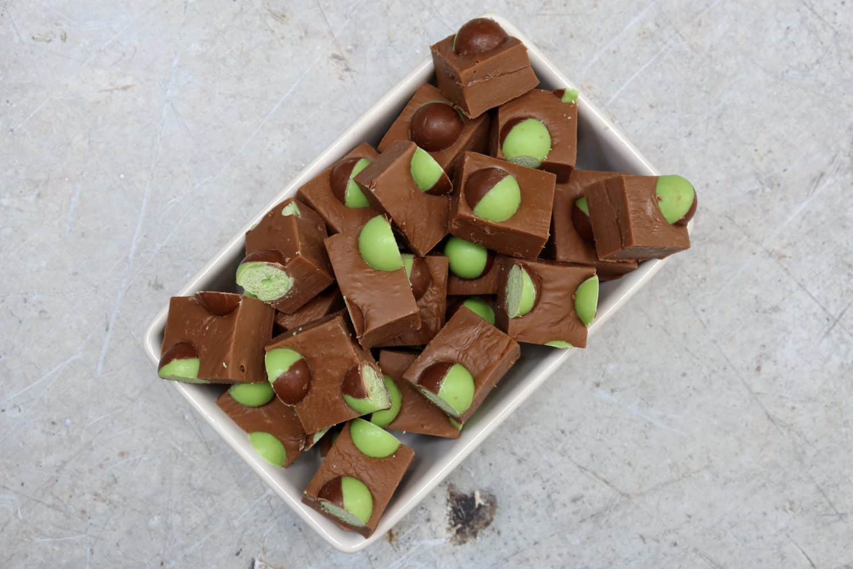 Slow Cooker Mint Aero Fudge