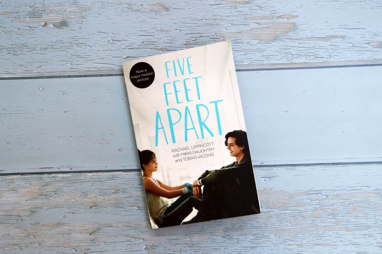 Five Feet Apart - Rachael Lippincott, Mikki Daughtry and Tobias Iaconis