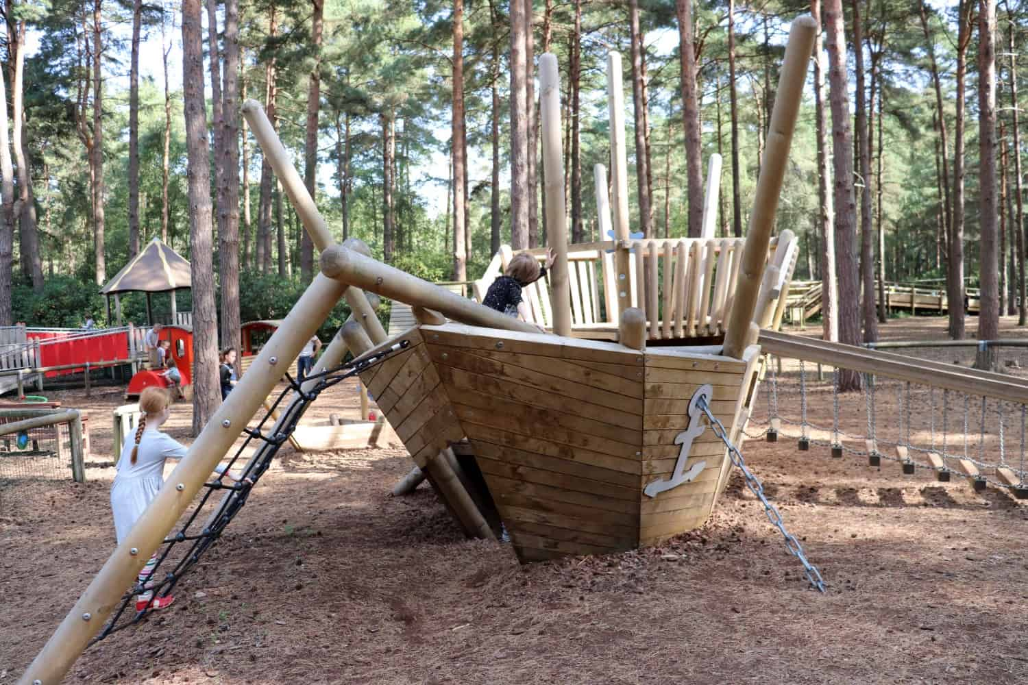 Short Stay and Play at The Lookout - Bracknell, Berkshire