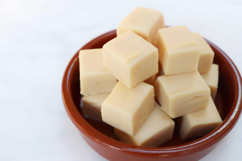 Slow Cooker Caramac Fudge