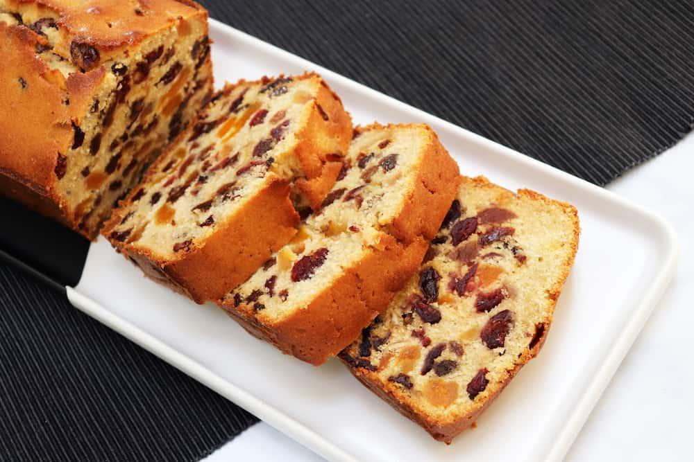 Light Fruit Cake Loaf