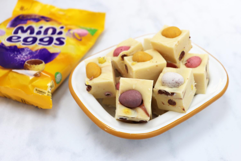 Slow Cooker Mini Egg Fudge