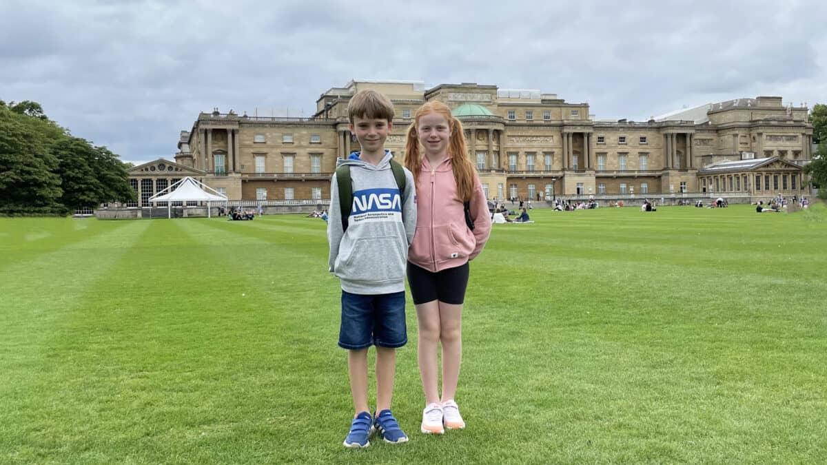 A Picnic at Buckingham Palace Garden - London